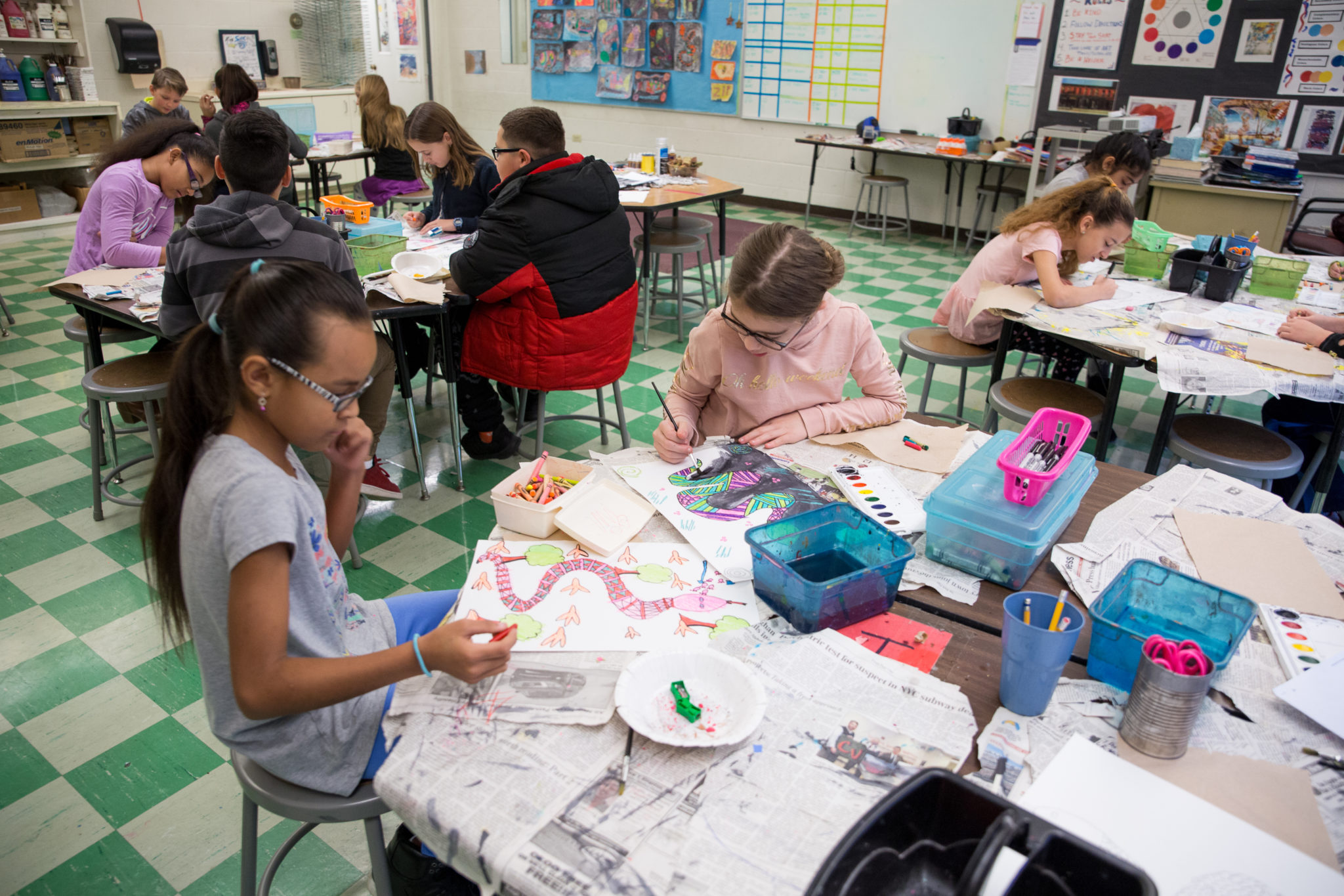 students drawing and painting