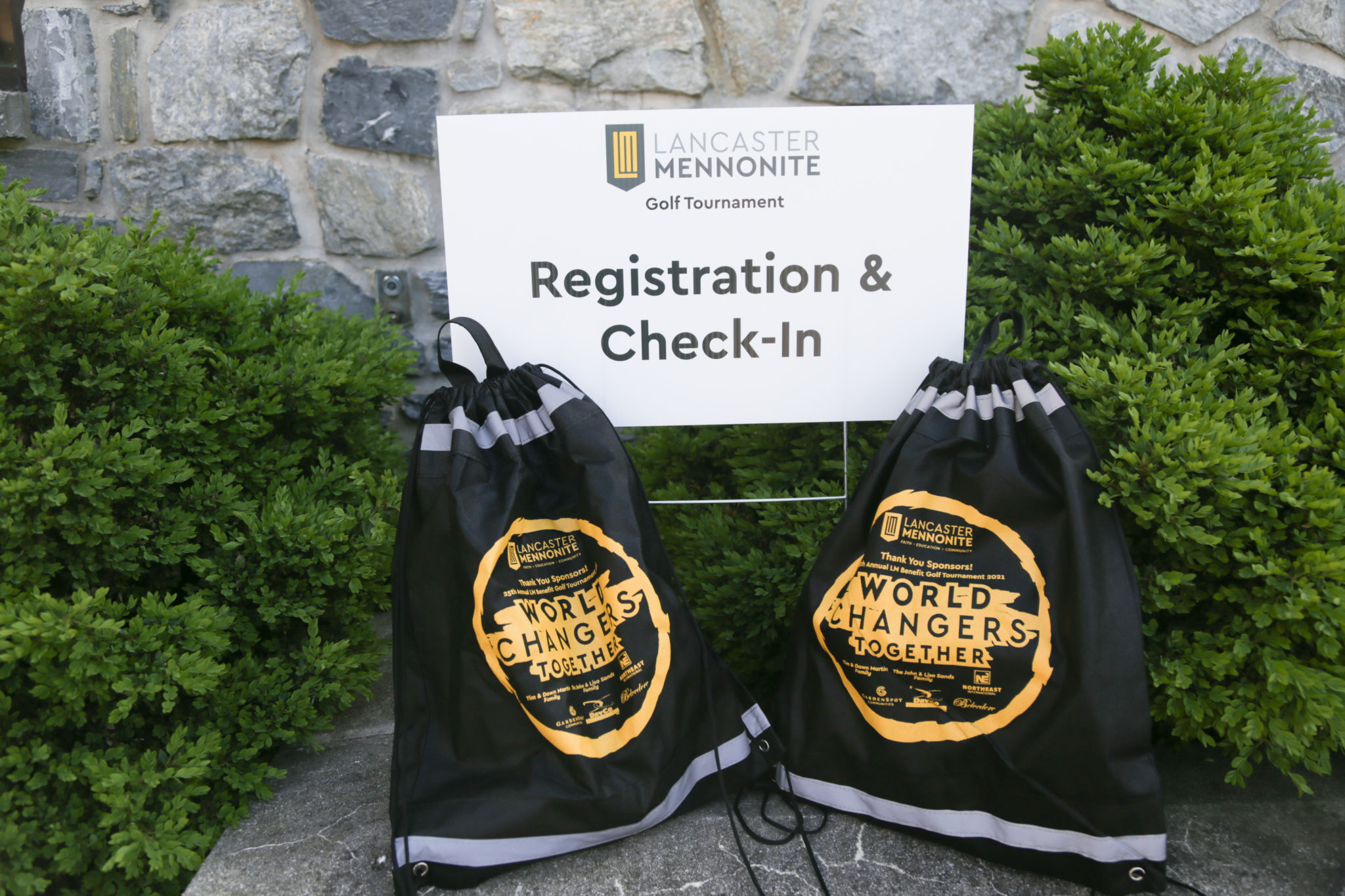 photo of registration at LM golf tournament